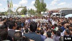 عکس آرشیوی از اعتصاب کارکنان شرکت سنگ آهن بافق - ۱۴ خرداد ۱۳۹۳