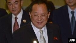 Le ministre chinois des Affaires étrangères Wang Yong à Vientiane, le 25 juillet 2016.