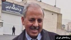 رضا آقاخانی، فعال ملی مذهبی