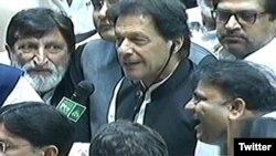 عمران خان وزیر اعظم منتخب ہونے کے بعد قومی اسمبلی میں تقریر کر رہے ہیں۔