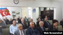Azərbaycan Kültür Dərnəyinin qurultayı (Foto musavat.com saytından götürülüb)