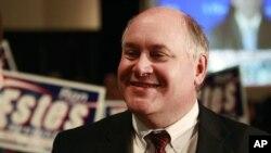 마이크 폼페오 중앙정보국(CIA) 국장의 캔자스 연방하원 제4지역구를 물려받아 뛰고 있는 론 에스티스(공화) 후보.