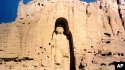 دهمین دور کاوشگری های باستانشناسی پروفیسر زمریالی طرزی در بامیان آغاز شد