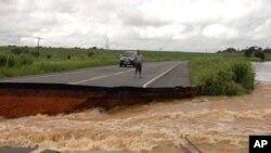 Moçambique: Reaberta a EN1