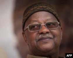 Carlos Gomes Junior, Premier ministre et président du Parlement bissau-guinéen (mars 2012)