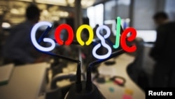 Logo Google tại văn phòng ở Toronto, Canada. Google là một trong số nhiều công ty hiện đang khuyến khích văn hóa ngủ trưa đối với nhân viên.