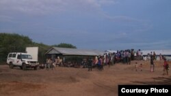 South Sudanese refugees arrive at Kakuma refugee camp in January 2013. Violence erupted at the camp between rival South Sudanese groups. (Courtesy: FilmAid)