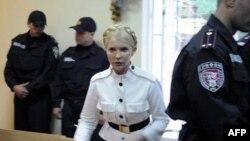 Юлия Тимошенко в киевском суде, 29 июня 2011