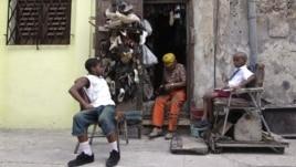 La nueva ley hace parte de las reformas económicas impuestas por el presidente Raúl Castro.