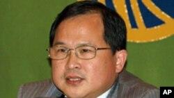 中国上海交通大学国际与公共事务学院院长胡伟