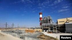 بزرگترین نیروگاه خصوصی اسرائیل، اوپیسی روتم، در جنوب صحرای نهگو.
