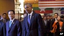 Durante un foro económico el presidente Obama también aprovechó para defender el Acuerdo de Asociación Transpacífica (TPP).