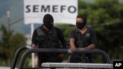 Polisi Meksiko melakukan patroli di salah satu kawasan yang bergolak (foto: dok).