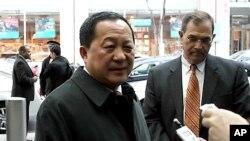 12일 학술회의 참석차 미국 뉴욕을 방문한 북한의 리용호 외무성 부상.