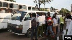 """""""Chapas"""" em Maputo"""