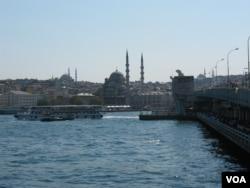 土耳其伊斯坦布尔一景(2013年8月 美国之音申华拍摄)