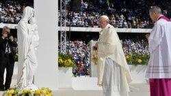 Le pape François achève sa visite historique aux Emirats arabes unis