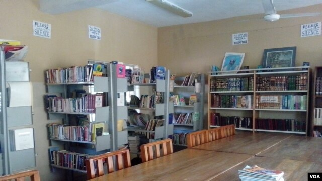The library at Prime College in Kano, Nigeria. (VOA/I. Ahmed)
