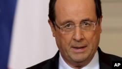 Tổng thống Pháp Francois Hollande phát biểu về tình hình tại Mali tại Cung điện Elysee, Paris, 11/1/2013.