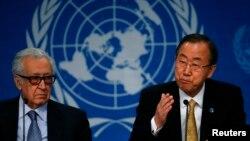 라크다르 브라히미 유엔-아랍연맹 시리아 특사(왼쪽)와 반기문 유엔 사무총장이 22일 시리아 평화회담이 열리고 있는 스위스 몽퇴르에서 기자회견에 참석했다.