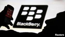 Blackberry dibeli senilai US$4,7 miliar oleh sebuah konsorsium yang dipimpin pemegang saham terbesarnya, Fairfax Financial Holdings Ltd. (Foto: Dok)