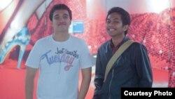 "Nino Aquinas (kiri) dan Reinardus Surya Pradhitya (Adhit) penggagas program ""Indo2SV"" (foto: courtesy)."