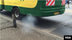 Buses and other vehicles are the top source of pollution in Nairobi. (Amos Wangwa/VOA News)