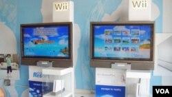 Wii Sports Resorts es una colección de 12 juegos de deportes simples pero divertidos.