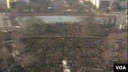 2009年一月奧巴馬第一次宣誓就任美國總統﹐有180萬人來到華盛頓
