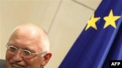 Günter Verheugen (Arşiv)