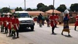 Sobas do Bailundo em marcha de protesto