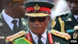 FILE - Retired President Emmerson Mnangagwa (S. Mhofu/VOA)