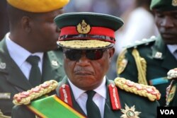 FILE - General Constantino Chiwenga, who retired last Sunday, was appointed Saturday by President Emmerson Mnangagwa as one of two vice presidents of the Zimbabwe's ruling ZANU-PF party. (S. Mhofu/VOA)