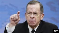 Председатель Объединенного комитета начальников штабов вооруженных сил США Майк Маллен. Пентагон. 6 января 2011 года