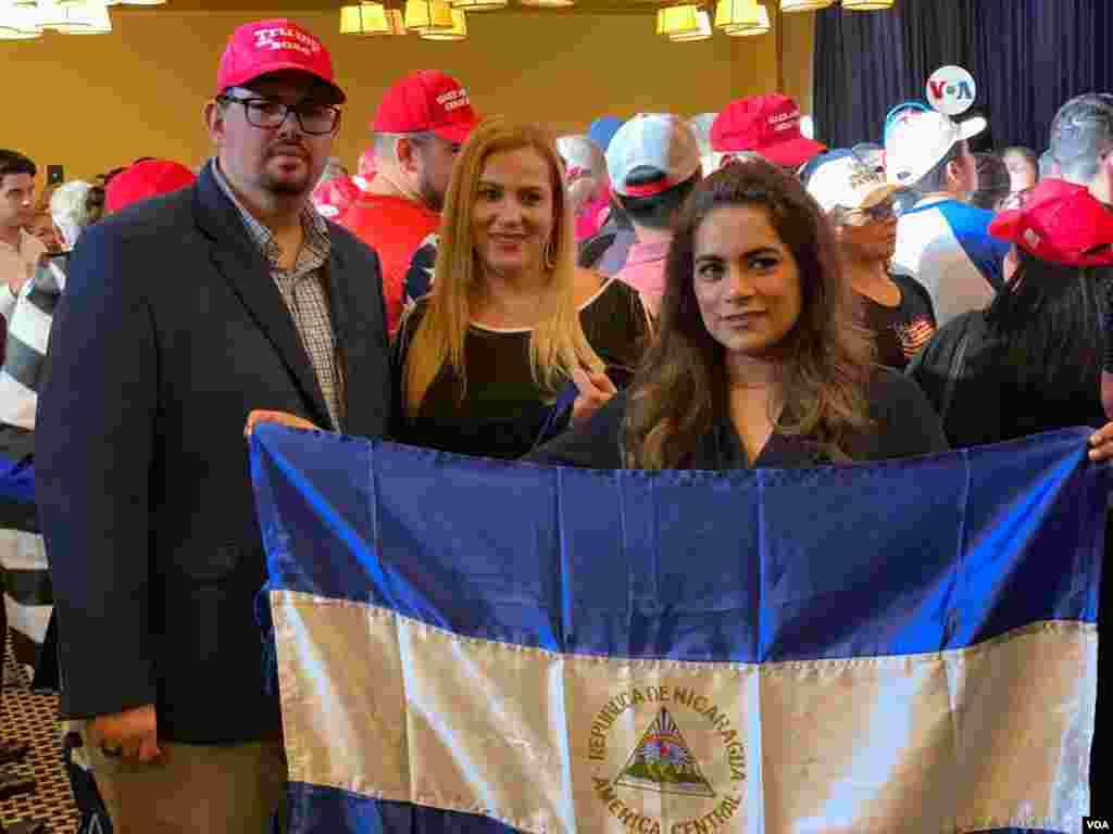 """El presidente de EE.UU. ha dicho que cuenta con el apoyo de los hispanos y confía en el voto latino debido a que ha sido """"severo"""" con países como Cuba, Nicaragua y Venezuela."""