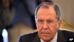 روسیې د امریکا پر تګلارې د نیوکې سربېره دا ادعا یو وارې بیا رد کړې چې گواکې مسکو له طالبانو سره د وسلو مرسته کوي