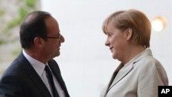 德國總理默克爾和法國新總統奧朗德星期二在柏林第一次會晤