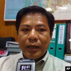 Mr. Than Sarath, deputy director of Cambodia's Forestry Administration's Department of Administration, Planning, and Finance, gives an interview to VOA Khmer.