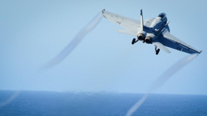 ایرانی ڈرون کی امریکی لڑاکا طیارے کے انتہائی قریب پرواز