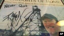 Bài báo về Robert O'Neill, người đã bắn chết thủ lãnh al-Qaida bin Laden.