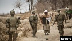 Binh sĩ Hoa Kỳ tuần tra tại tỉnh Kandahar, Afghanistan, 1/2/2013