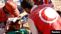 叙利亚库尔德人继续逃往土耳其