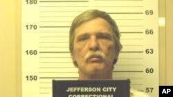 Jeff Mizanskey fue sentenciado en 1996 por asociación ilícita para vender 6 libras (2,7 kilos de marihuana) a un traficante conectado con carteles en México.