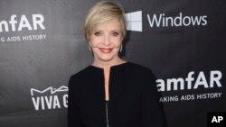La actriz murió en un hospital de Los Angeles, a los 82 años de edad, tras sufrir un repentino ataque al corazón.