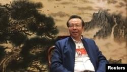 中国华融资产管理有限公司董事长赖小民2017年3月7日在北京举行全国人大会议期间接受路透社采访。