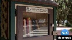 """Salah satu Perpustakaan Kecil Gratis """"Little Free Library"""". (Photo: videograb)"""