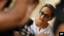 Arundhati Roy clive et déchaîne les passions dans son pays
