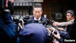 지난 2014년 5월 북한의 송일호 북-일 국교정상화 교섭담당 대사가 스웨덴 스톡홀름에서 기자들의 질문에 답하고 있다. (자료사진)