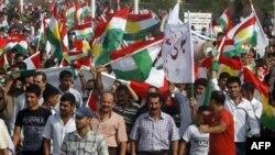 Իրաքի քրդերը բողոքում են քրդական դրոշը հանելու մասին որոշման դեմ