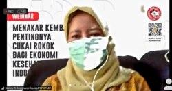 Asisten Deputi Bidang Pengendalian dan Penanggulangan Penyakit, Kemenko PMK, Nancy Dian Anggraeni, menyebut 3 juta lebih perokok anak di Indonesia berisiko terjangkit corona. (Foto: VOA/Petrus Riski)